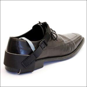 Shoe grounding